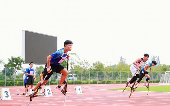 2021年民体杯全国板鞋竞速、高脚竞速、陀螺比赛在白沙拉开帷幕